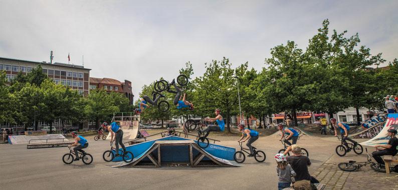 Rider: Felix Kirch mit einem Backflip