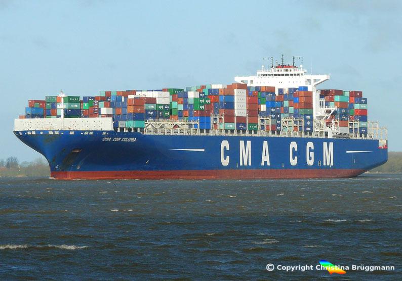 "Containerschiff ""CMA CGM COLUMBA"" auf der Elbe 13.04.2015"