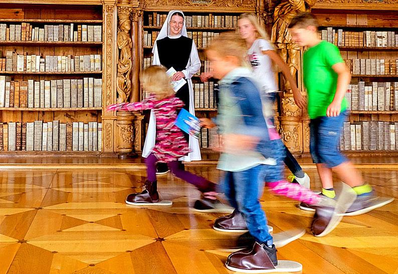 Bild für den Jahresbericht aus dem Kloster Waldsassen - geschrieben von Jan Oechsner