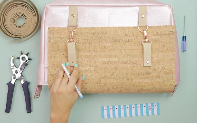 Innenfach mit Reißverschluss nähen: Technik / Taschen individualisieren mit DIY Eule. Nähanleitung für Anfänger: Innenfach nähen – egal ob Kunstleder oder Stoff.