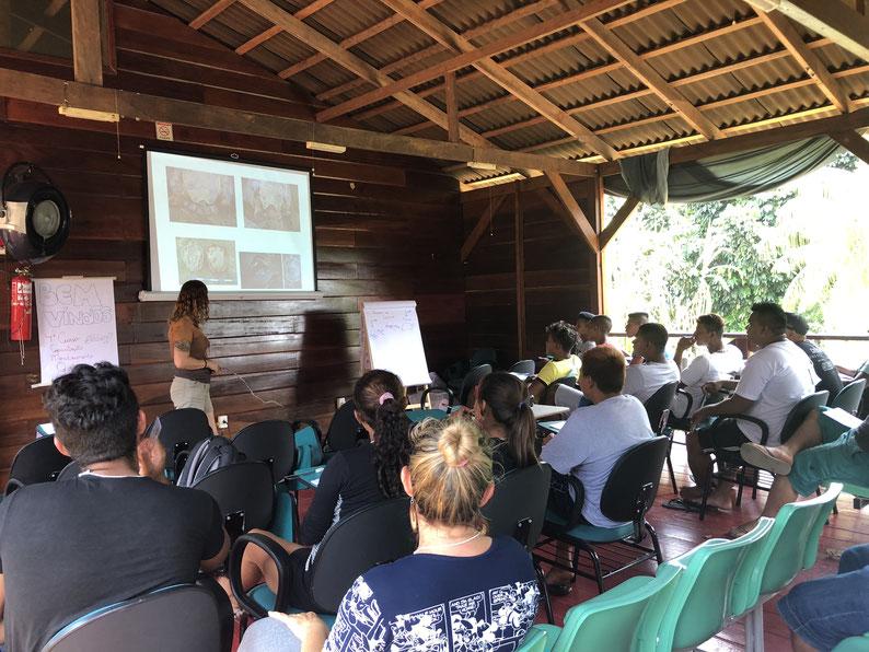 Las iniciativas de base comunitaria son importantes al integrar las necesidades sociales a las metas de conservación. Foto: Archivo Programa de Conservação de Quelônios do Mosaico do Baixo rio Negro.