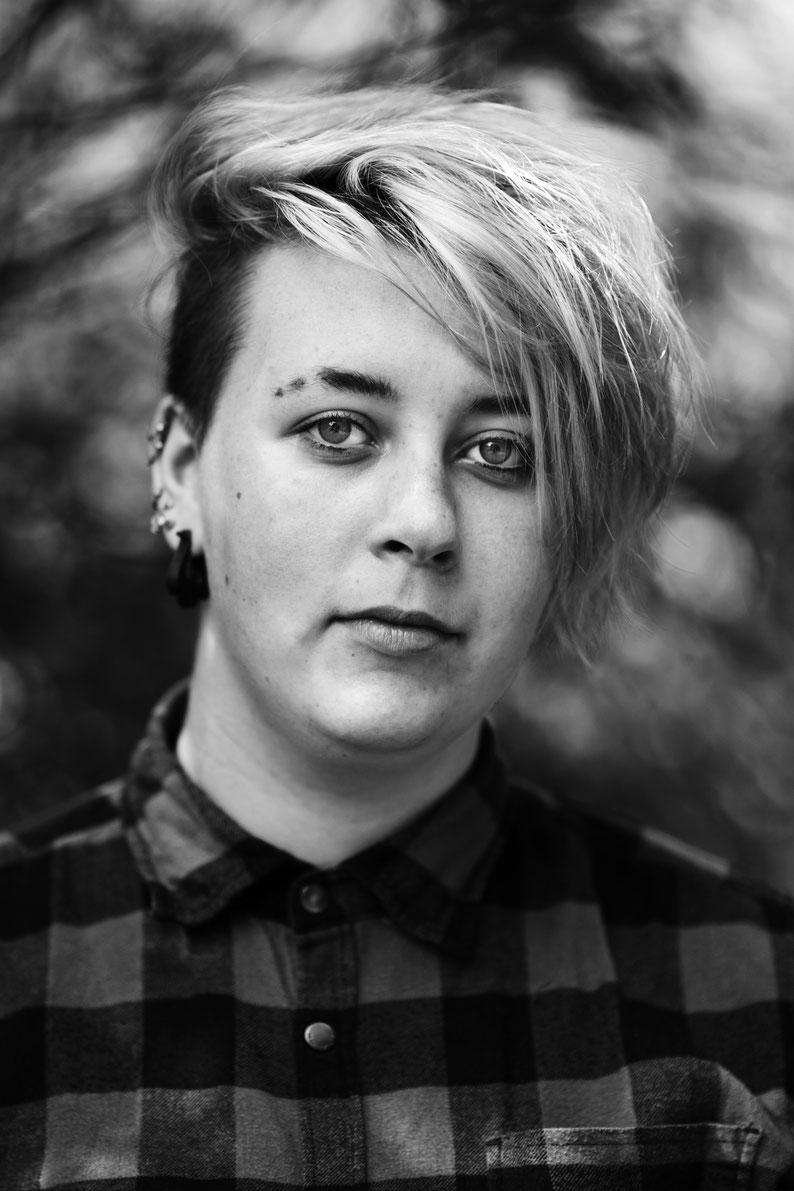 Katja Poelwijk Photography portraits portrait portret fotografie fotograaf photographer portraitphotographer portretfotograaf portretfotografie jongeren pubers scholieren youngadults love liefde relaties homo lhbt lgbt gay lesbian transgender bisexual