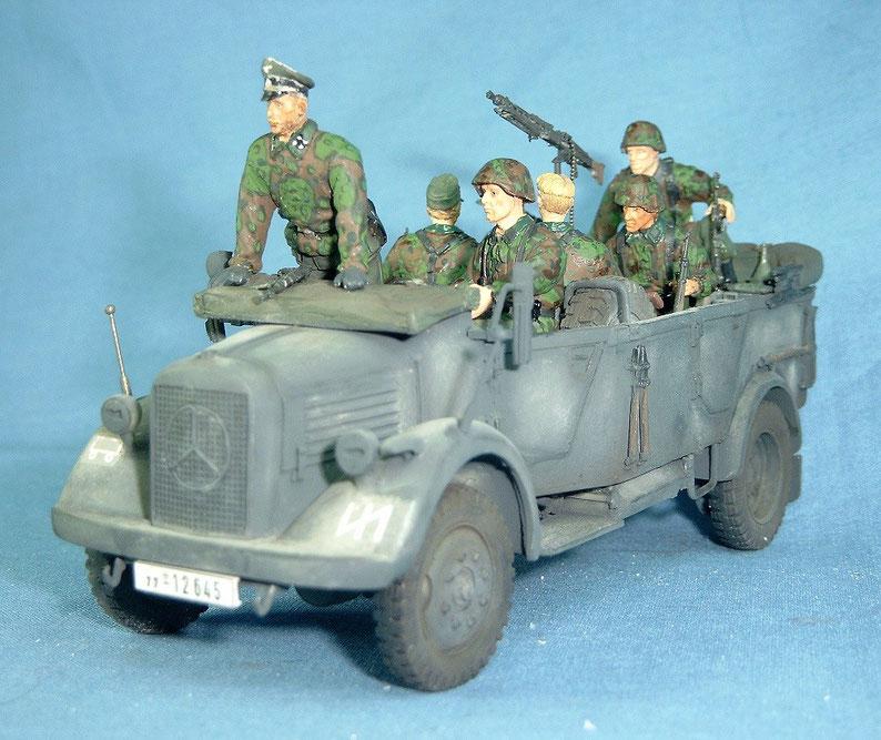 Mercedes L1500A Gefechtsfahrzeug mit 7 Figuren Besatzung Elitetruppen Deutsche Wehrmacht