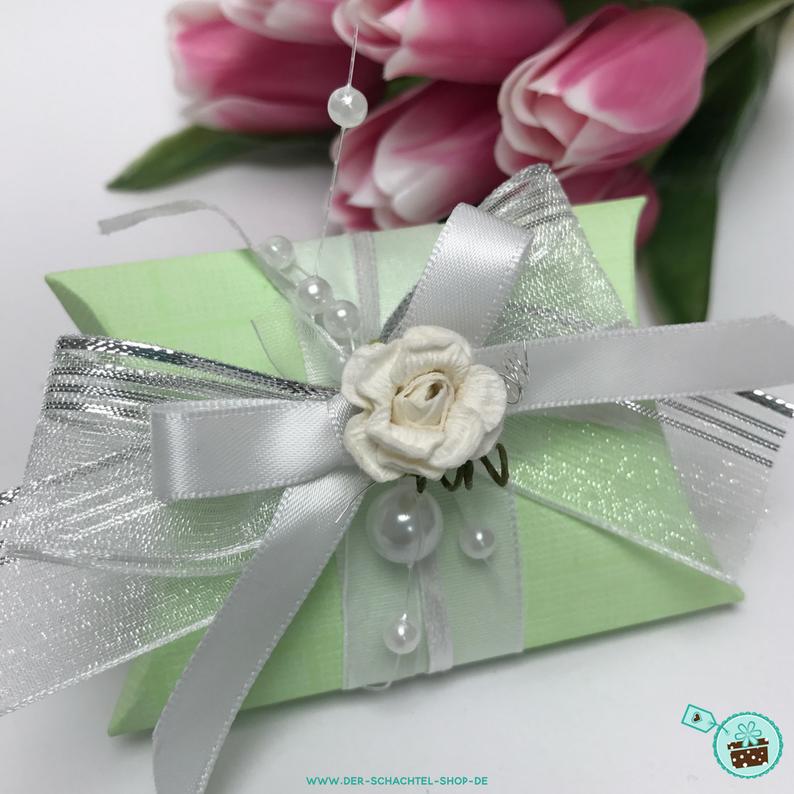 Geschenkverpackung grün