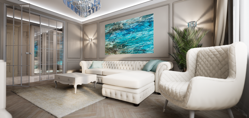 Современная классика в гостиной с бежевым диваном и картиной. Анастасия Корябкина