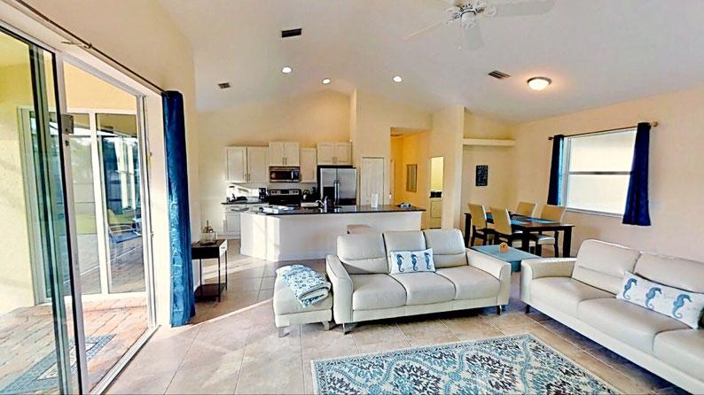Wohnbereich - Living Area