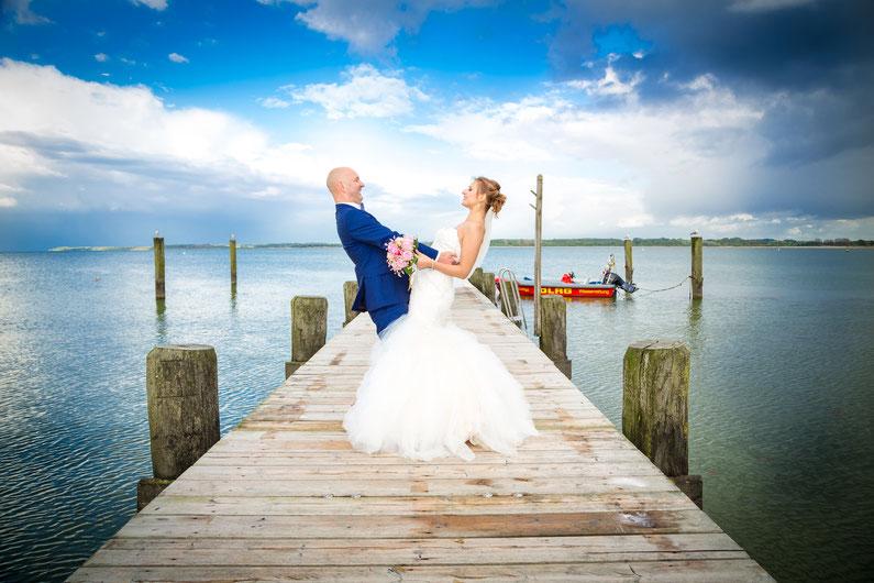 Hochzeit an der Ostsee, Hochzeitsfotograf für Hochzeit an der Ostsee und Nordsee, Dennis Bober DeBo-Fotografie.