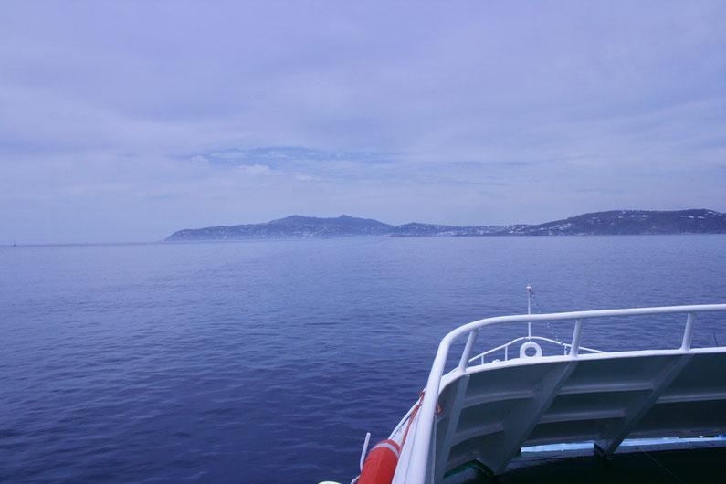 Travel Guide Delos ofpenguinsandelephants of penguins & elephants Greece ferry Mykonos