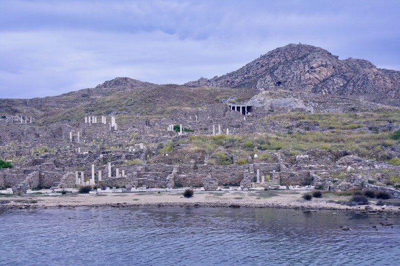 Travel Guide Delos UNESCO island ofpenguinsandelephants of penguins & elephants Greece ancient