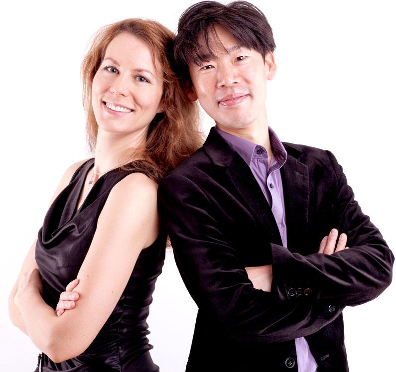 Profilbild von Eva-Maria Weinreich (Klavier) und Tomohito Nakaishi (Klavier) //  Picture of Eva-Maria Weinreich (Piano) and Tomohito Nakaishi (Piano)