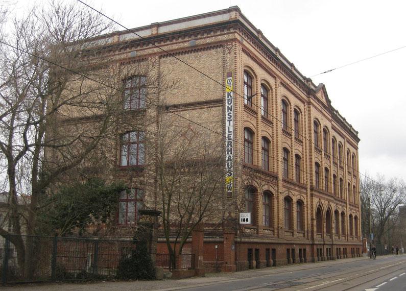Emaille-Fassade für Künstlerhaus in Halle/Saale, Heike Lichtenberg, emaillieren, emaille, emaille kunst, in Halle Saale