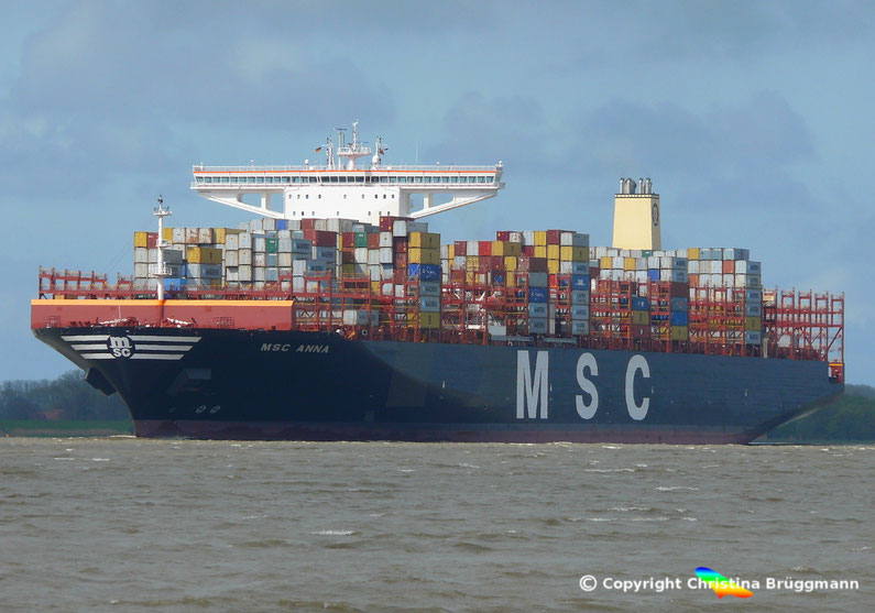 MSC ANNA auf der Elbe 23.04.2017