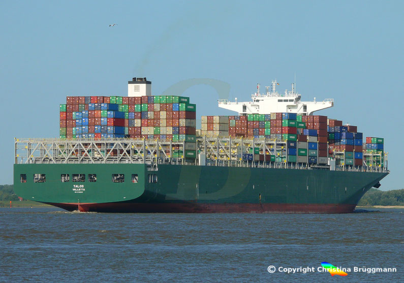 Containerschiff TALOS. 22.08.2018 auf der Elbe