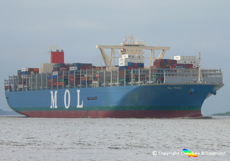 MOL Containerschiff MOL TRUTH