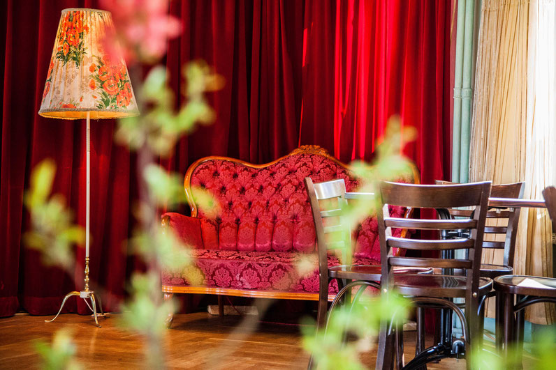 Das rote Sofa des La Yumba