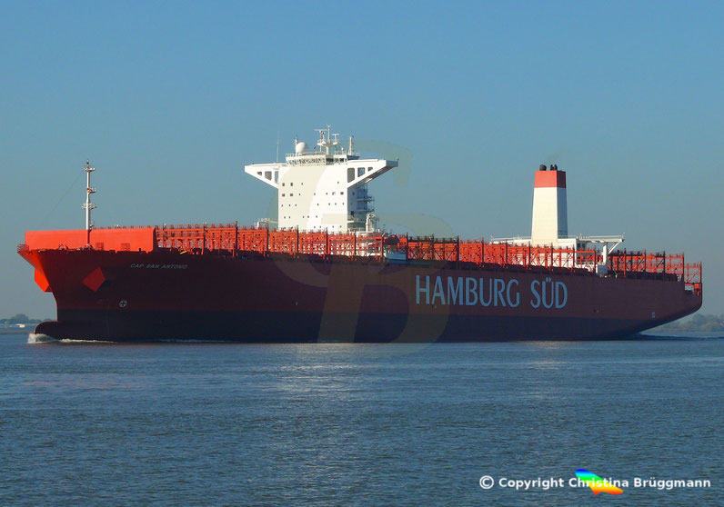 """Hamburg-Süd Containerschiff """"CAP SAN ANTONIO"""" auf der Elbe 14.10.2018"""