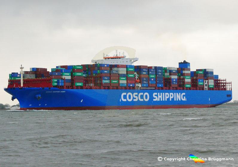 Containerschiff COSCO SHIPPING ANDES, Erstanlauf Hamburg, 24.10.2018