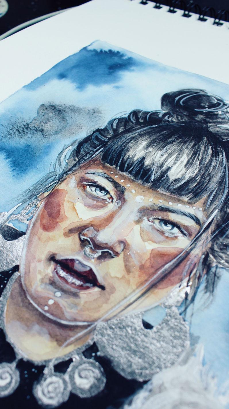 Eskimo Girl Mädchen mit Acrylmalerei und Aquarell, watercolor, und Blattsilber © Ayla Phoenix Art