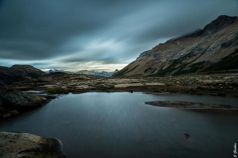 Vier Jahreszeiten an einem Tag - typisch für Patagonien. Heute dürfen wir alles erleben, außer sommerliche Temperaturen und Sonnenschein.