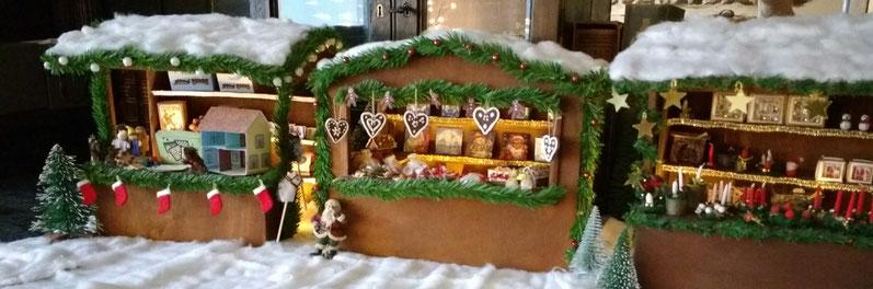 Weihnachtsmarktstände 1 zu 12