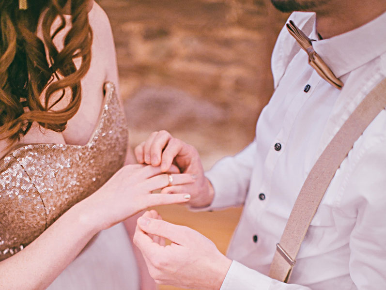 freie Trauung Ideen Tipps für Heiratsanträge romantische Liebesbriefe kreative Festreden Eventrede freie Rednerin Nicole Decker-Paxton