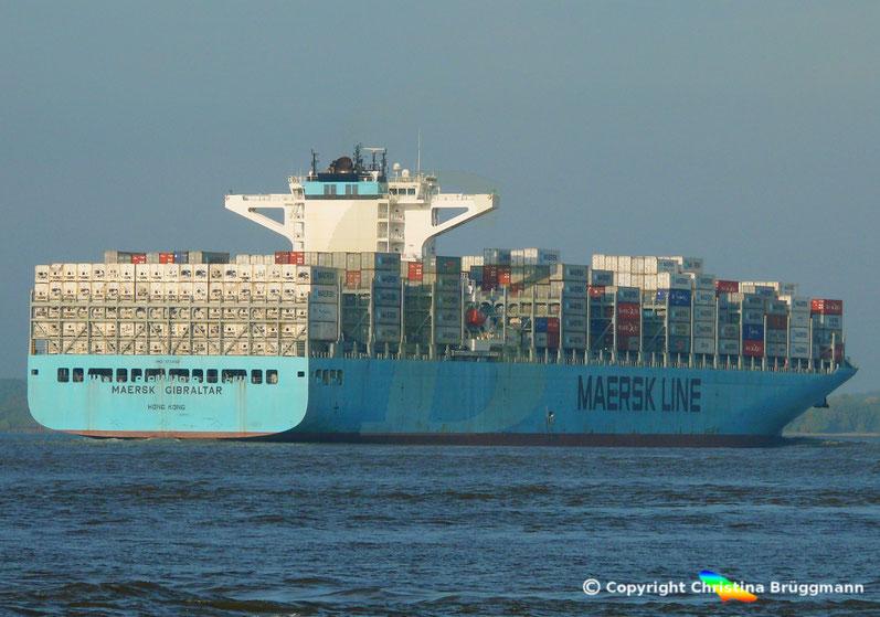 Containerschiff MAERSK GIBRALTAR auf der Elbe 05.10.2018
