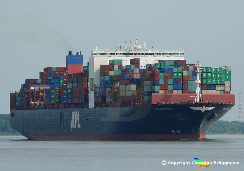 """Containerschiff """"APL SINGAPURA"""" auf der Elbe 20.07.2018"""