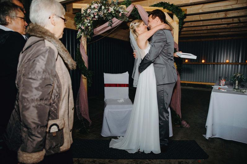 Heiraten auf dem Golfplatz Gut Apeldör in Schleswig Holstein. Hochzeitsreportage mit Zachen Fotografie.