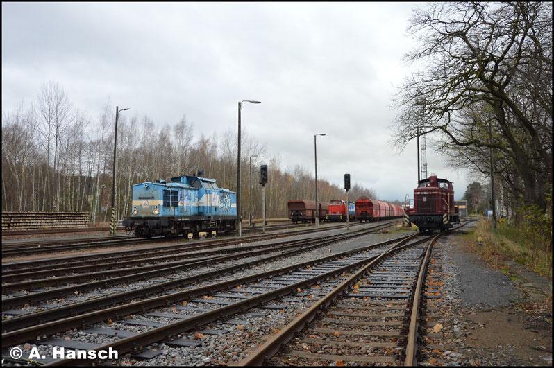 Während die V100 vom Zug ging, rangierte 260 312-4 auch um