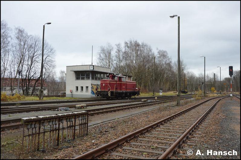 Standortwechsel: Im Rbf. Chemnitz-Küchwald bekam ich die Erlaubnis des freundlichen Lokpersonals von 260 312-4, ein paar Bilder zu schießen. Auch sie erwarteten die Fuhre bereits gespannt