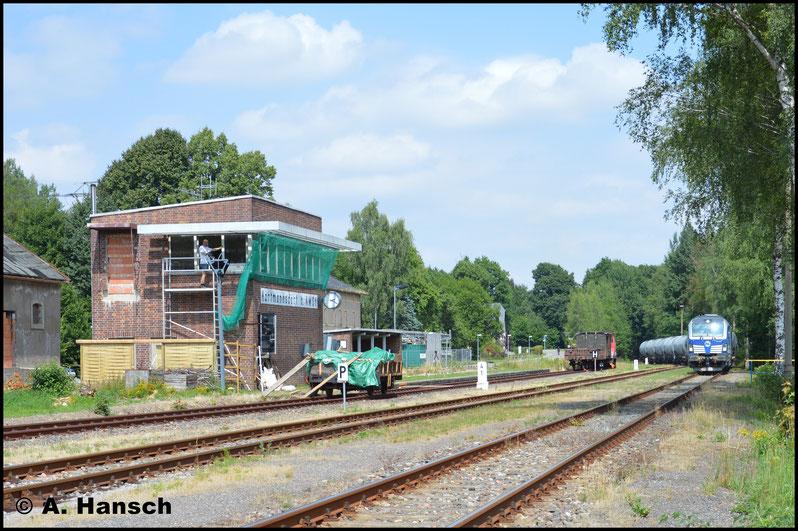 """An diesem Tag kam 247 907-9 als Diesellok zum Einsatz. Der """"Pechvogel"""" konnte den zweiten Vollzug lediglich bis Wittgensdorf befördern. Wieder trat ein Schaden an der Lok auf und zwang zum Halt..."""