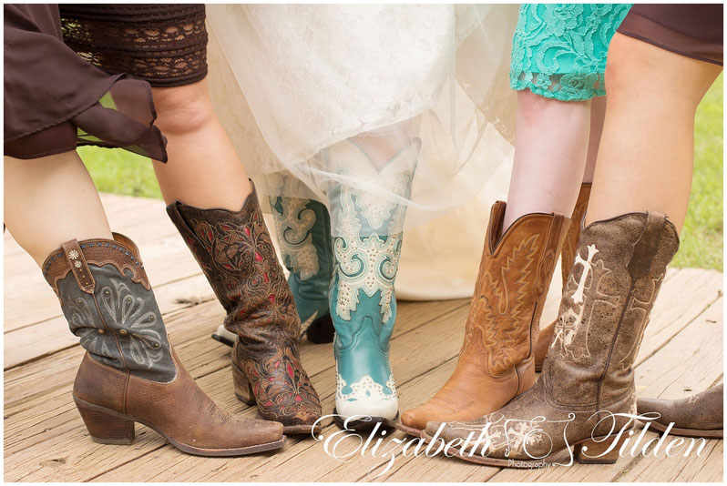 Lone Oak Ranch & Retreat, Gainesville Wedding Photographer, Frisco photography, McKinney photographer, country church, dallas country church, McKinney country wedding, wedding boots