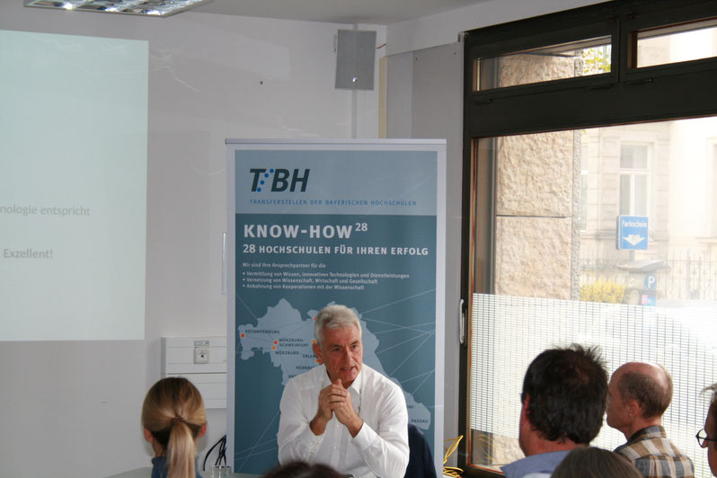 Akquisitions-Workshop vor Technologie-Transfer-ManagerInnen der Bayerischen Universitäten und Hochschulen an der LMU in München