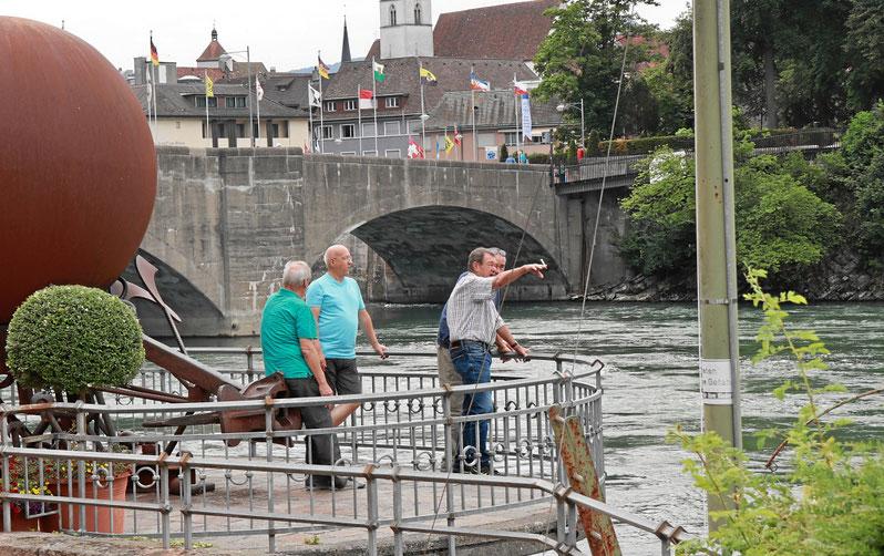 Für Raucher: Fumoir am Rhein mit grandioser Aussicht
