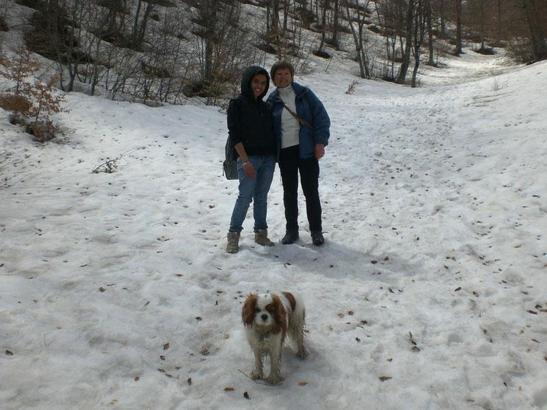 Aprile  2009   In mezzo alla neve a Castelluccio di Norcia