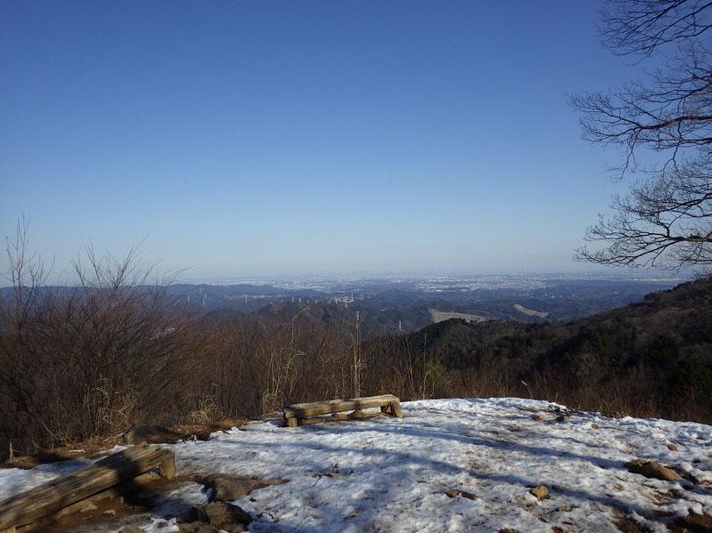 調査時に撮影した岩茸石山からの眺望