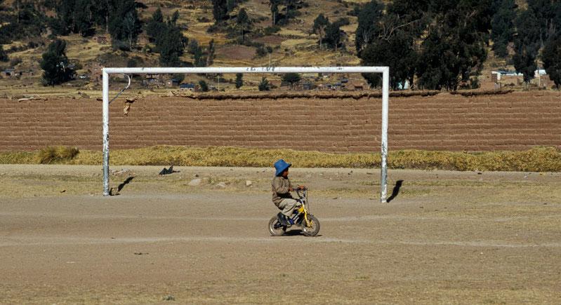 Bolivien, Titicacasee, Fussball