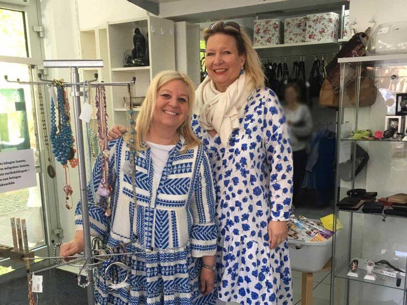 Astrid und Birgit im Secondhand-Laden Babalu