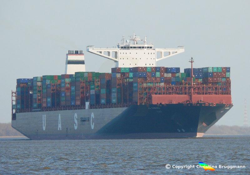 "UASC Containerschiff ""AL ZUBARA"" Typ A18"