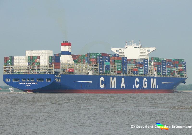 CMA CGM GERORG FORSTER nach Taufe in Hamburg auf Ausreise 11.07.2015