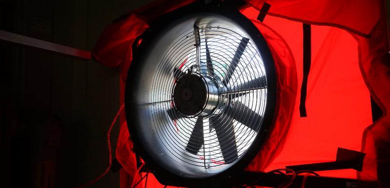 Ist mein Haus dicht? Luftdichtheit messen mit Blowerdoor-Test