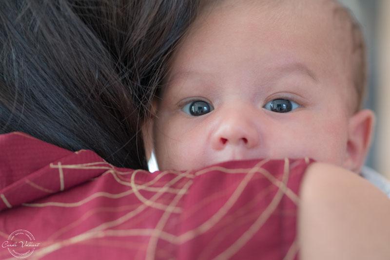 10 Tipps für süsse Babyfotos Zuhause, Babies zu Hause fotografieren, Tipps und Tricks Babyfotografie Zuhause, Fotografieren mit Tageslicht am Fenster, Neugeborenenfotografie, Babyshooting, Babyfotografie