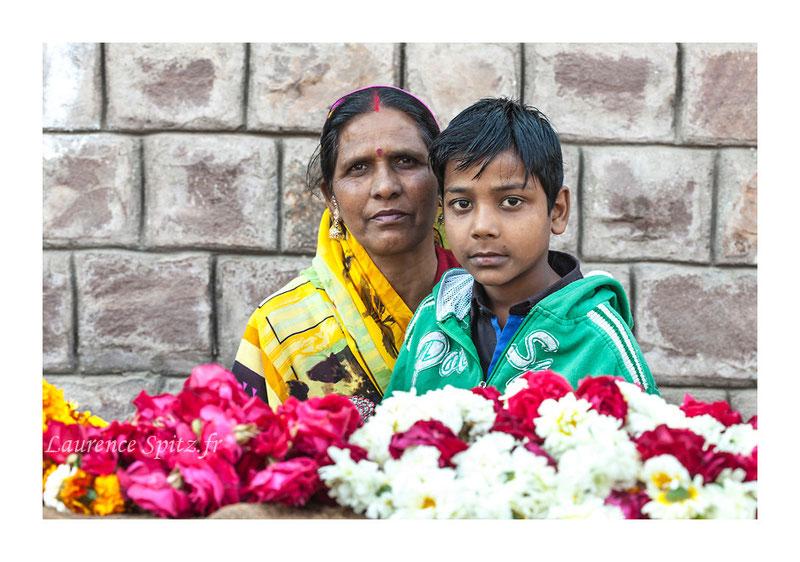 • La marchande de fleurs •  Bundi Rajasthan