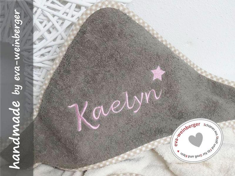 Kapuzenhandtuch mit Name Stern Herz Anker Wunschfarbe personalsierbar Musterfoto: Handtuch beige/braun Name Nevisio Dak mintgrün Stern
