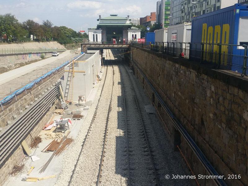 NEU4 - Modernisierung der U-Bahnlinie U4 (08.07.2016), Station Ober St. Veit