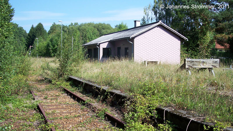 Bahnstrecke Weissenbach-Neuhaus - Hainfeld (Leobersdorfer Bahn); Bf. Gerichtsberg.