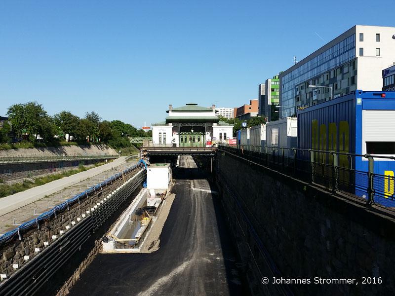 NEU4 - Modernisierung der U-Bahnlinie U4 (07.06.2016), Station Ober St. Veit