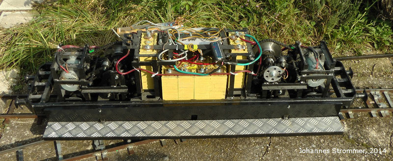 Lokomotive 1144 meiner Gartenbahn 5 Zoll (127 mm) in Mörbisch am See, Gehäuse abgenommen