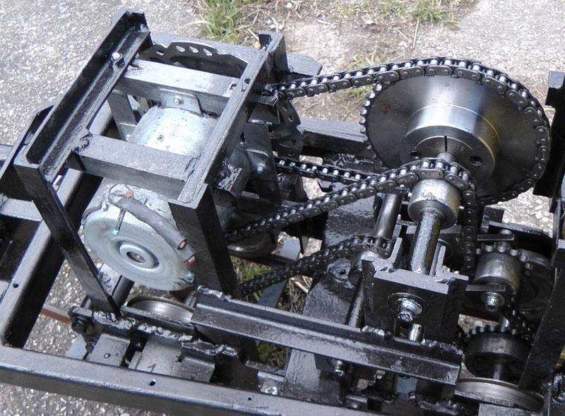Endversion des Drehgestells - allerdings noch ohne 2. Kettenspanner und Schwingungsdämpfer