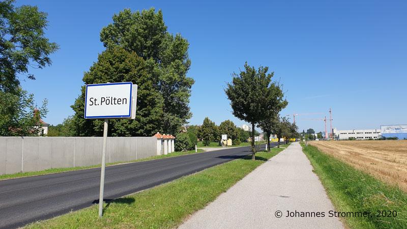 Kreuzung der Straßenbahn St. Pölten mit der Stattersdorfer Hauptstraße